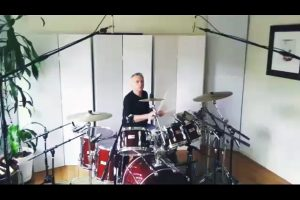 Keith Martinelli playing a Yamaha recording custom drum kit