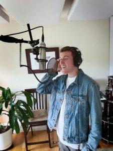 Nick Sharpsky singing
